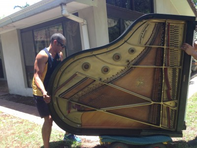 Move Us In moving a grand piano in Brisbane